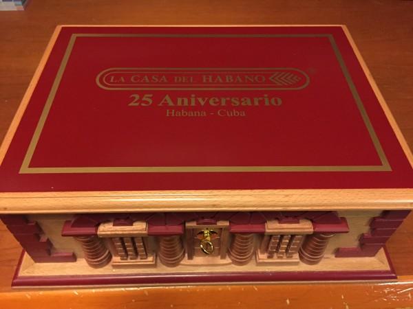 La Gloria Cubana 25 Aniversario Humidor LCDH